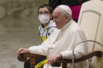 替冒險渡地中海移民請命 教宗:我聽到你們哭泣