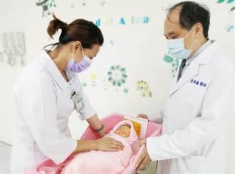 懷孕不自知 以為生理痛竟產下寶寶