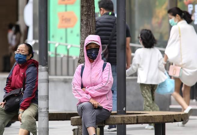 明晚冷空氣來襲 氣溫再降 北台灣變天時間曝光