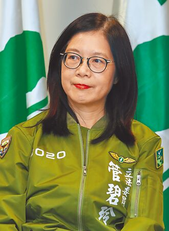 受政治犯提拔? 苏:台湾靠民主前辈牺牲向前